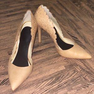 Jessica Simpson Cassel Scalloped Tan Heels